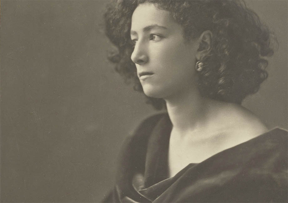 Sarah Bernhardt, click for larger image